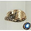 Золотое кольцо с ящерицей
